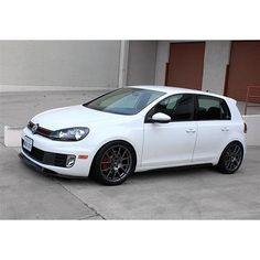 Welcome to Volkswagen UK. Discover all the information about our new, used & electric cars, offers on our models & financing options for a new Volkswagen today. Volkswagen Golf Variant, Volkswagen Golf Mk2, Used Electric Cars, Mk6 Gti, Lexus Lfa, Vw Passat, Super Cars, Interior, Decorating Games