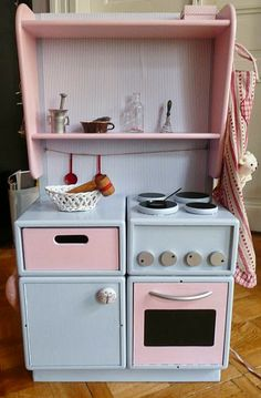 LUniverse: Remake kuchyňky Kitchen Appliances, Projects, Home, Diy Kitchen Appliances, Log Projects, Home Appliances, Blue Prints, Ad Home, Homes