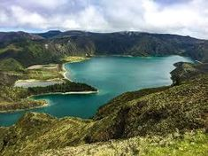 Visiting the Lagoa do Fogo in the Azores - Habits of a Travelling Archaeologist Tourism Website, Crater Lake, Azores, Plant Species, Atlantic Ocean, Traveling By Yourself, Scenery, River, Island