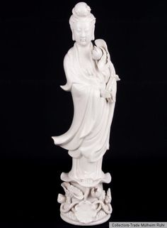 China 20. Jh Figur - A Chinese Blanc De Chine Figure of Guanyin - Cinese Chinois