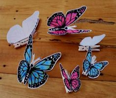 Mini Clothespin Butterflies | These free printable paper butterflies are so versatile.