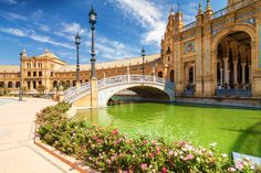 Plaza de Espana in Sevilla, Spain puzzle in Puzzle of the Day jigsaw puzzles on TheJigsawPuzzles.com. Play full screen, enjoy Puzzle of the Day and thousands more.
