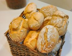 Pan rápido con y sin gluten con Thermomix … Crockpot Recipes, Snack Recipes, Cooking Recipes, Paelo Diet, Thermomix Pan, Gluten Free Dinner Rolls, Pan Rapido, Sem Lactose, Bread Machine Recipes