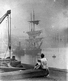 The Thames, London 1890. Victorian London, Vintage London, Old London, Victorian Era, London 1800, London History, British History, Old Pictures, Old Photos