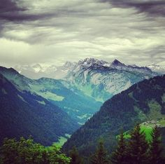 Instagram-o'clock: The Alps. A nice break in your pin-feed from cats and those new iPhone buttons. | http://instagram.com/muchbetteradventures