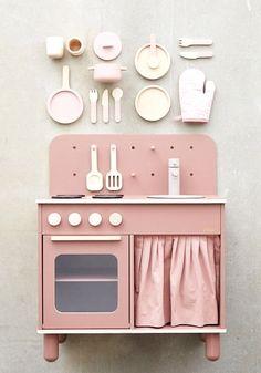 Baby Play, Baby Toys, Kids Toys, Wooden Toy Kitchen, Wooden Toys, Simple Comme Bonjour, Kids Play Kitchen, Top Toys, Montessori Toys