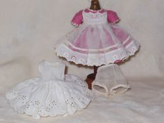 Vintage-Madame-Alexander-Wendy-Doll-Outfit-Wendy-Looks-Pretty-for-School-1957