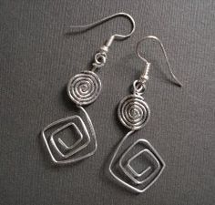 How to Make Square Spirals Tutorial ~ The Beading Gem's Journal ~ Wire Jewelry Tutorials