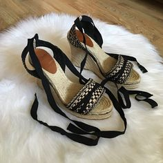 "Kate Spade Wedges Sandal size 9 B This flirty sandal features a jute-wrapped wedge heel and ankle tie strap.  4.5"" heel; 1 1/4"" platform (size 9B) By kate spade New York Made in Spain. In great condition. kate spade Shoes Wedges"