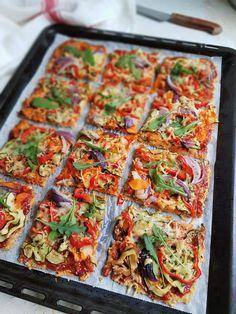 Gluteeniton kvinoa-kasvispiirakka | Himoleipuri Gluten Free Recipes, Keto Recipes, Healthy Recipes, Vegetarian Keto, Vegan, Clean Eating, Savory Pastry, 200 Calories, Desert Recipes