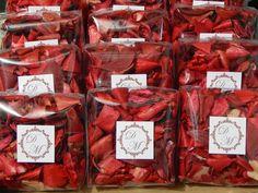 Lembrancinha Casamento Potpourri vermelho Aromatizada  PoutPourri pacote refil com flores, folhas, cascas, sementes e lascas de madeira perfumado para aromatizar o ambiente.