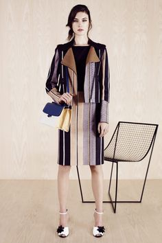See all the Fendi Resort 2014 photos on Vogue. Runway Fashion, Fashion Show, Womens Fashion, Fashion Design, Fashion 2014, Fendi, Milano Fashion Week, Lookbook, Couture Collection