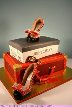 Jimmy Choo cake - just amazing! I might could afford the cake even if I couldn't afford the shoes...
