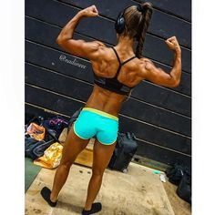 """#TBT Tyngre Classic - Next time I will be bigger & stronger #nadineyosef #athleticfitness #tyngre #maxalivet #goals Photo: @trainingfreak"" Photo taken by @nadiineee on Instagram, pinned via the InstaPin iOS App! http://www.instapinapp.com (07/09/2015)"