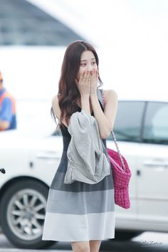 SNSD-Seohyun-airport-fashion-August-23-5.jpg (1000×1500)