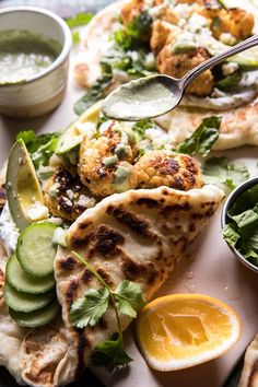 Cauliflower Shawarma Wraps with Green Tahini and Feta. - Cauliflower Shawarma Wraps with Green Tah Shawarma, Gourmet Recipes, Vegetarian Recipes, Cooking Recipes, Healthy Recipes, Easy Recipes, Healthy Meals, Tahini, Feta