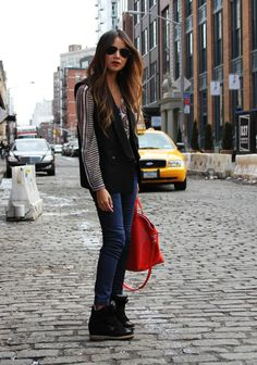 I want everything she is wearing -Sincerely Jules