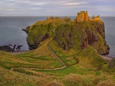 Dunattor Castle, Aberdeenshire, Scotland - 21 Surreal Places In The UK To Add To Your Bucket List Oh The Places You'll Go, Places To Travel, Travel Destinations, Places To Visit, Adventure Is Out There, Monument Valley, Beautiful Places, Around The Worlds, Bucket