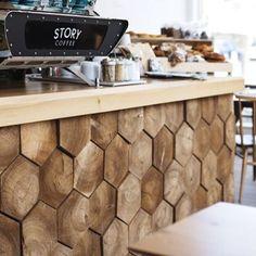 Барная стойка, оформленная фигурными срезами из массива #wood #woodwork #bar #design #wooddesign #wooden #дизайн #дизайниздерева #творчество #мастерская #санктпетербург #мебельназаказ #мебельнаямастерская #cafedesign #мебельизмассива #мебельиздерева #авторскаямебель #minimalism #detail #минимализм #стиль