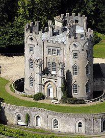 mansão gótica em Bath, na Inglaterra, castelo de 1775