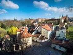 Kudy z nudy - Plavby po Vltavě - Pražské Benátky Czech Republic, Prague, In This Moment, House Styles, Places, Beautiful, Tips, Bohemia, Lugares