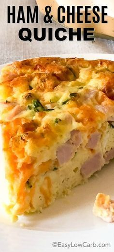 Easy Crustless Ham and Cheese Quiche is a quick and easy meal! Perfect for a low carb/keto breakfast or dinner! via Easy Crustless Ham and Cheese Quiche is a quick and easy meal! Perfect for a low carb/keto breakfast or dinner! via Easy Low Carb Ham And Cheese Quiche, Keto Quiche, Quiche Recipes, Keto Recipes, Quiche Crustless, Frittata, Low Carb Quiche, Greek Recipes, Atkins Quiche Recipe