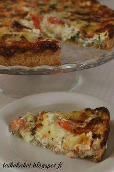 Tarun Taikakakut: Tomaatti-mozzarellapiirakka ∅26cm Bon Appetit, Baked Potato, Quiche, French Toast, Good Food, Goodies, Food And Drink, Baking, Breakfast