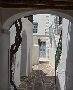 traveling Greek cyclades isles