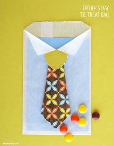Fathers Day tie treat bag tutorial using your Silhouette. www.amyrobison.com #silhouette #fathersday #treatbag