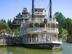 Disneyland in Paris | ... . Siehe Bildnachweis Ausflug mit dem Raddampfer im Disneyland Paris