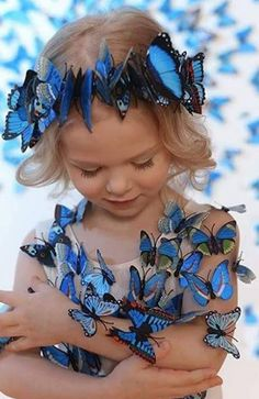 Cats and kittens image butterfly, butterfly fai da te uomo, patr … – Christina Kunde – origami Butterfly Kisses, Blue Butterfly, Beautiful Children, Beautiful Babies, Perro Papillon, Cute Kids, Cute Babies, Butterfly Pictures, Butterfly Wallpaper