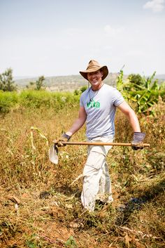 Eddie spoke to Sharon Asakawa about Keyhole Gardening and his trip to Cowboy Hats, Gardening, News, Lawn And Garden, Horticulture