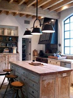 The color and the simplistics of the cabinets Rustic wood Kitchen Cabinetry + industrial Chic Kitchen. Industrial Chic Kitchen, Rustic Kitchen, Country Kitchen, Rustic Industrial, Ranch Kitchen, Rustic Farmhouse, Primitive Kitchen, Comedor Office, Kitchen Interior