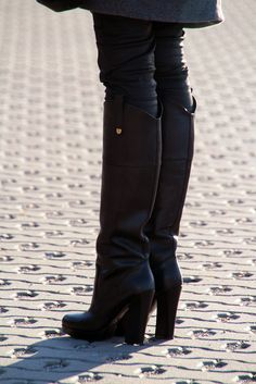 "#fashion #shoes ""Bez elegancji serca, elegancja nie istnieje"" - YSL: Stay where you are."