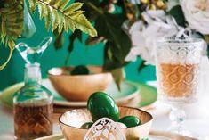 Świeże sałatki w słoiku - sposób na lekki i zdrowy lunch w pracy | RiE World Easter, Lunch, Table Decorations, Instagram Posts, Furniture, Home Decor, Design, Diy, Meal
