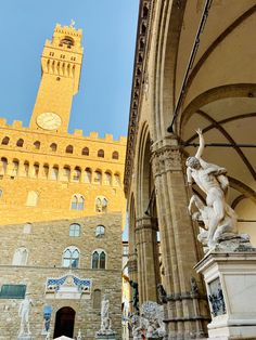 Visit our selection of amazing Florence Tours. Michelangelo's David, Uffizi Gallery, Florence Cathedral & more, all expertly guided in groups of 8 or fewer. Rome Tours, Italy Tours, Florence Tours, Florence Italy, Florence Renaissance, Florence Cathedral, Day Trips From Rome, One Day Tour, 14th Century