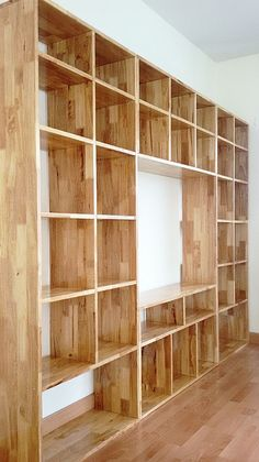 the space for the TV Design Room, Home Library Design, House Design, Industrial Interior Design, Industrial House, Industrial Furniture, Diy Bookshelf Design, Bookshelf Ideas, Homemade Bookshelves