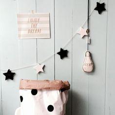 Гирлянда BLACK & WHITE STARS (100% handmade) — Lenny Crafts @ LMBD