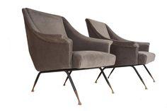 Paire de fauteuils français, datant des années 60 Attribués à Henri Lancel, AAUTHENTIKS, Proantic Outdoor Chairs, Outdoor Furniture, Outdoor Decor, Henri, Interior, Home Decor, Decoration, French Armchair, Danish Design