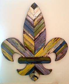 Grab your beads, grab your hurricane and grab this beautiful Fleur de Lis. French Flowers, Reclaimed Wood Art, Wall Sculptures, Wood Wall Art, Mardi Gras, Primary Colors, Wood Crafts, Wood Projects, Crafty