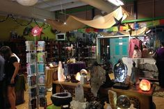 Five Sisters Spiritual Shop: Experience Shopping, Healing and Learning - http://knowabouttheglow.com/travel/five-sisters-spiritual-shop-experience-shopping-healing-and-learning/