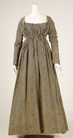 circa 1810 cotton dress, probably American. simple style- for Thenardier, add sleevless spencer  jkt