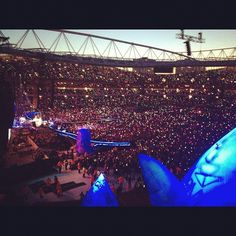Dusk in London 01.06.12 #oxfamontour #coldplay