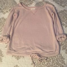 NEVER WORN Aerie Long Sleeve Tee. Size XS NEVER WORN Aerie Pink Long Sleeve Roll-Up Tee. Size XS. Perfect condition, super soft. aerie Tops Tees - Long Sleeve