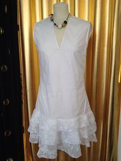 Süsses Designerkleid Made In Germany M BW/Spitze Weiß Cocktail Vollants Neu!!