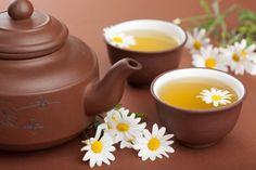 O chá de camomila ajuda a acalmar e diminuir a ansiedade, e tem ações anti-inflamatória, antialérgica e ajuda a emagrecer! Confira no link e aproveite para comprar Chá Orgânico de Camomila aqui no Empório Ecco!   Acesse: https://www.emporioecco.com.br/chas-campo-verde