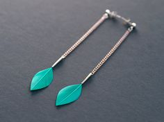 20% OFF JANUARY SALE - Long Chain Stylish Dangle Leaf Feather Earrings on Silver Ear Posts in Shiny Emerald Green on Etsy, $22.44