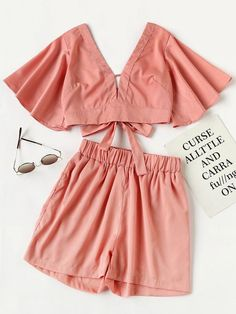 Shop Plunging V-neckline Knot Back Crop Top With Shorts online. SheIn offers Plunging V-neckline Knot Back Crop Top With Shorts & more to fit your fashionable needs. Cute Fashion, Teen Fashion, Fashion Looks, Fashion Outfits, Womens Fashion, Mode Outfits, Casual Outfits, Cooler Look, Two Piece Outfit