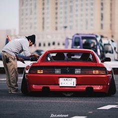 Ferrari✖️Squats in Japan. [ Photo by @rock_photograph ] #carlifestyle #Ferrari #japan #stancenation