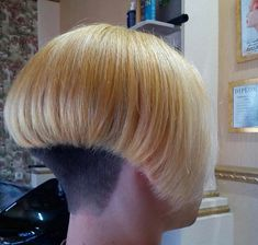 (notitle) Sure, the bushy perms of the might be out of vogue, but there are plentitude of hair p Short Wedge Hairstyles, Stacked Bob Hairstyles, Undercut Hairstyles, Shaved Bob, Shaved Nape, Short Bob Styles, Long Hair Styles, Graduated Bob Haircuts, Bleach Blonde Hair